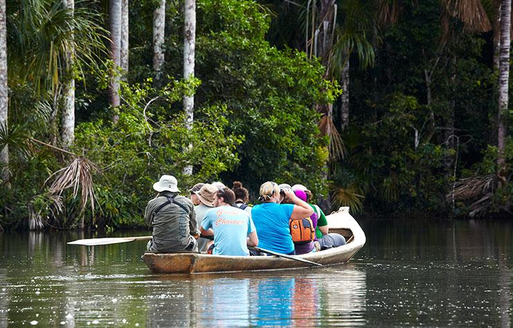 tambopata sandoval lake