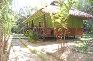 sandoval lake resort - tambopata reserve